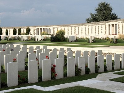 Tyne Cot Memorial & Cemetery. Image from http://www.greatwarci.net/honour/guernsey/database/gallienne-a-704-tynecot.htm